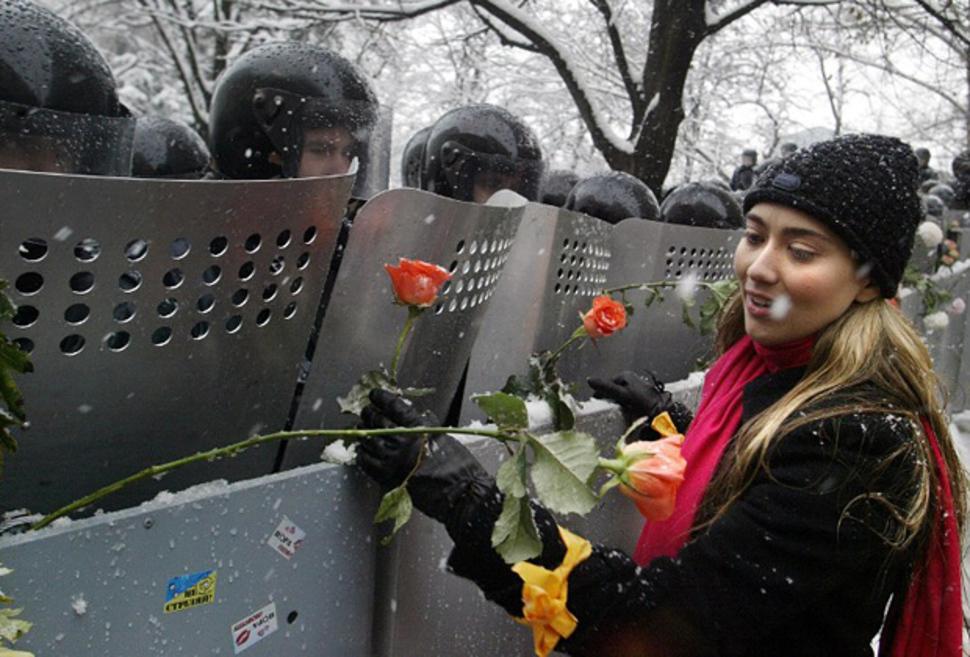 """Ukraina podczas """"Pomarańczorej Rewolucji"""". (2004)"""
