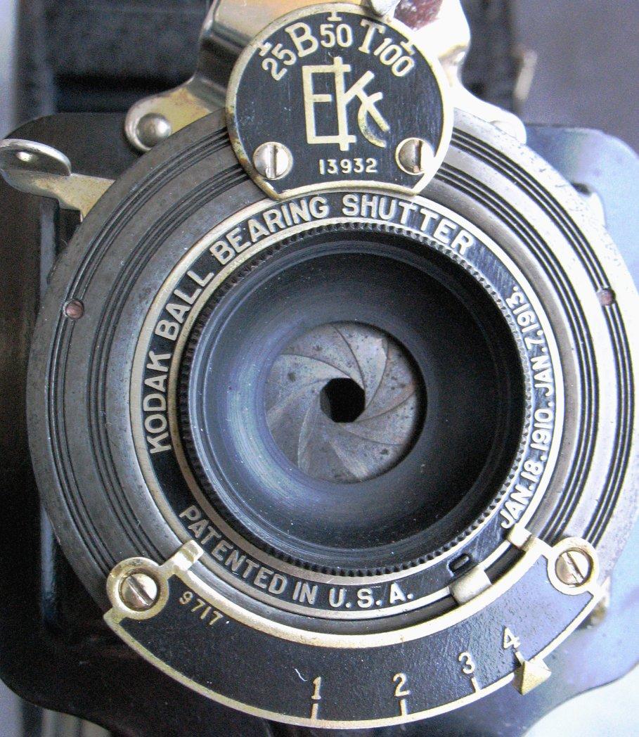 przysłona fotograficzna, czyli mechaniczna źrenica