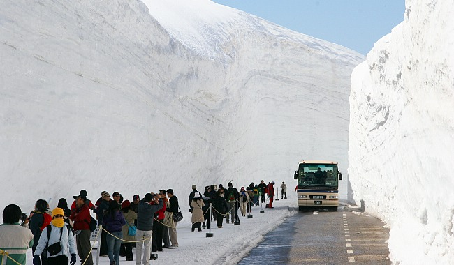 tateyama-kurobe-alpine-route-12