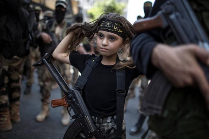 Palestyńska dziewczynka w Strefie Gazy