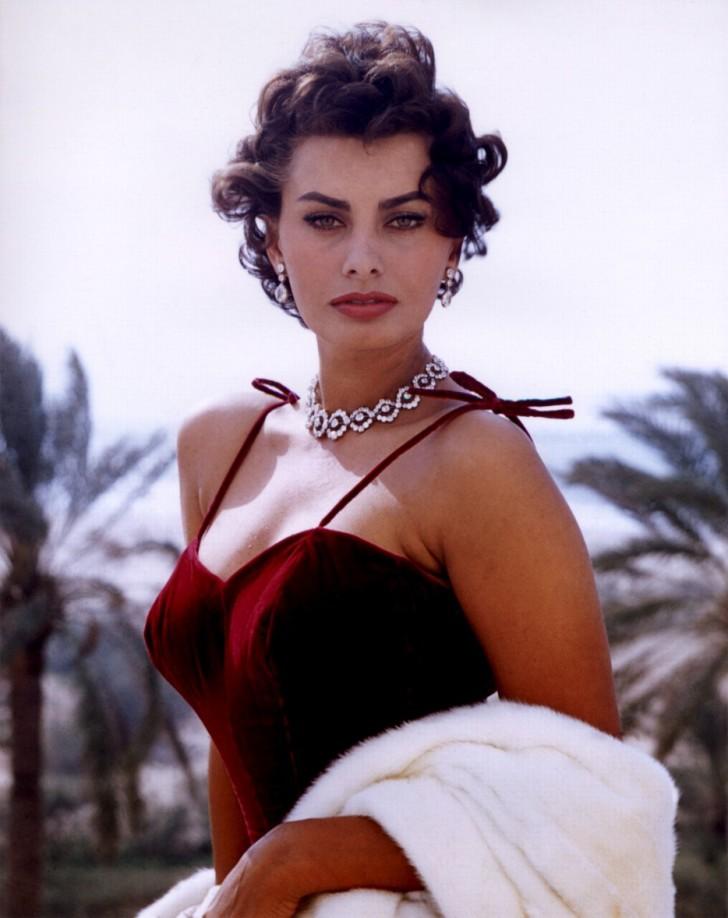Sophia Loren (jedyna kobieta, która zdobyła Oskara, Grammy i Złoty Glob)