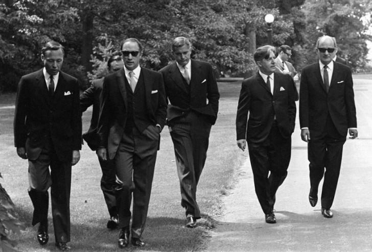 Premier Kanady Pierre Trudeau ze swoim gabinetem (1968)
