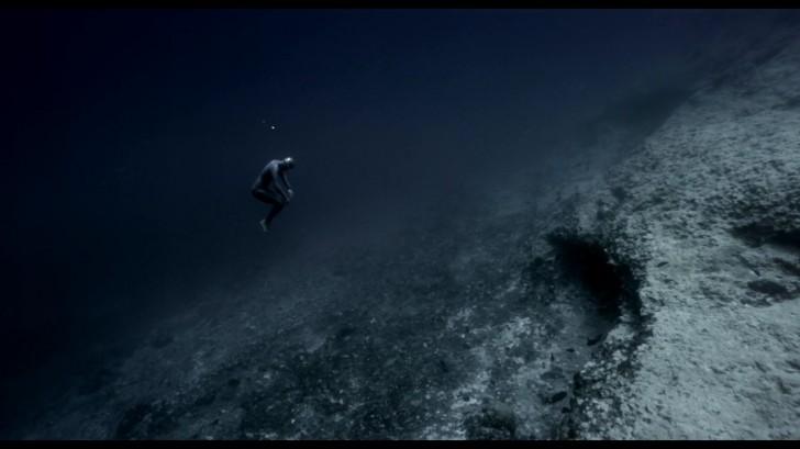 """""""Grawitacja Oceanu"""" - film o sile prądu morskiego w cieśninie"""