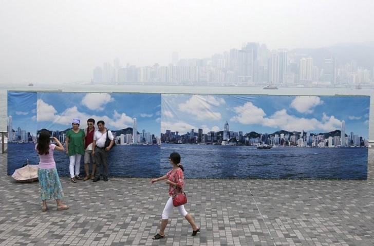 Sztuczna panorama Hong Kongu dla turystów.