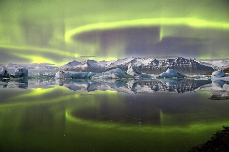 james-woodend-won-the-2014-astronomy-photography-of-the-year-competition-with-this-photo-of-a-vivid-green-aurora-in-icelands-vatnajkull-national-park