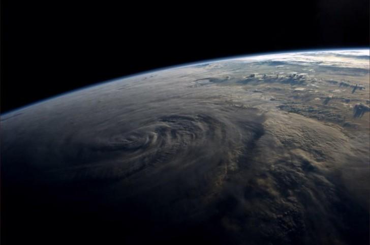 Tajfun u wybrzeży Tajwanu.