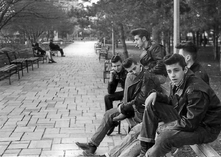 "Gang ""greasers"" w Nowym Jorku (1950)"