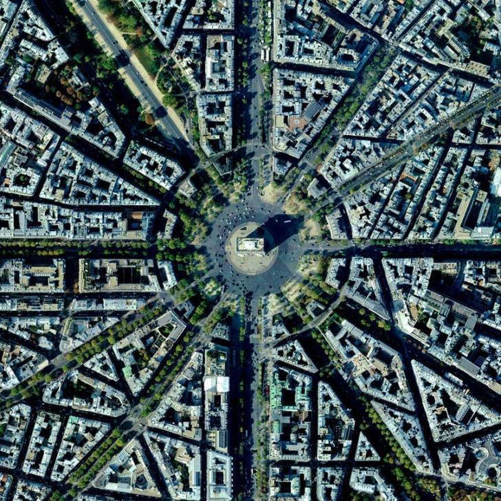 Łuk Triumfalny, Paryż, Francja