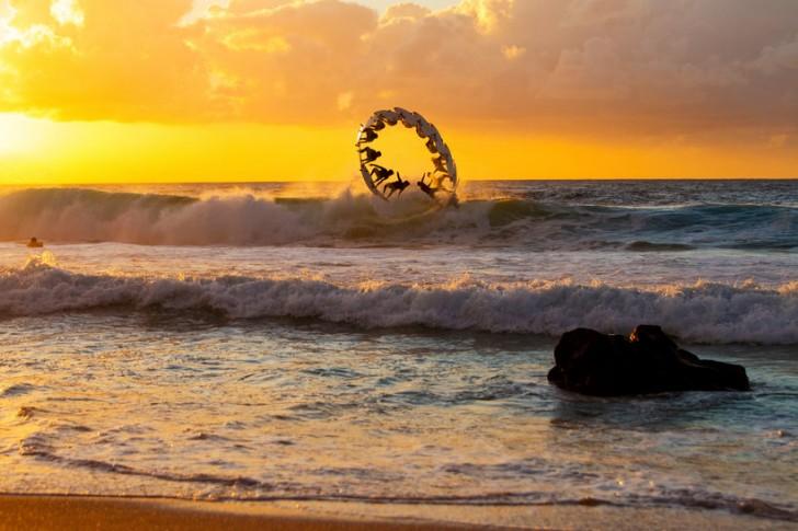 Kategoria: Sekwencja Fotograf: Zakary Noyle Sportowiec: Gabriel Medina Miejsce: Oahu, USA