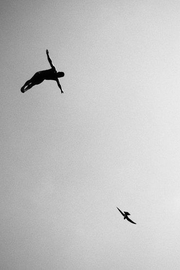 Kategoria: Skrzydła Fotograf: Samo Vidic Sportowiec: Jorge Ferzuli Miejsce: Athens, Greece