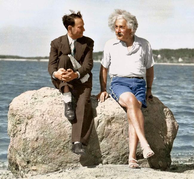 Albert Einstein na plaży