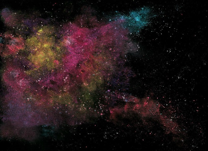Nebula - oliwa, kreda, puder, sól, woda.