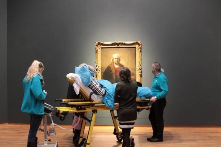 Ostatnie życzenie nieuleczalnie chorej kobiety – wybrać się do Rijksmuseum w Amsterdamie.