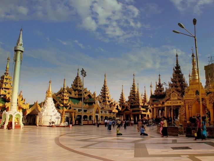 18-shwedagon-pagoda-yangon-rangoon-myanmar