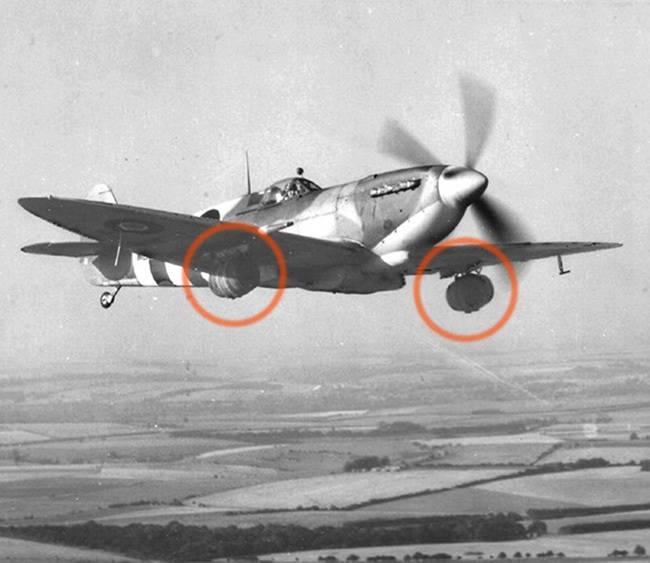 Kegi piwa transportowane do Normandii dla walczących żołnierzy.