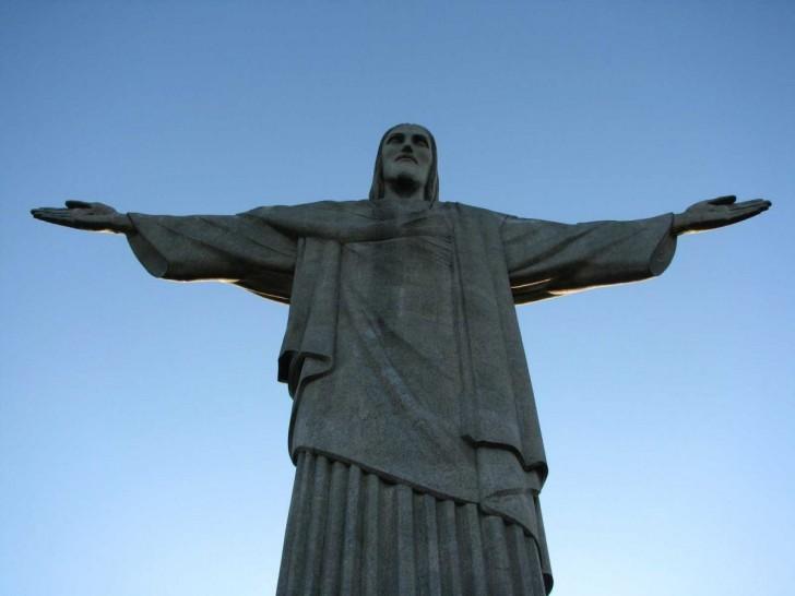 20-cristo-redentor-statue-of-christ-the-redeemer-rio-de-janeiro-brazil