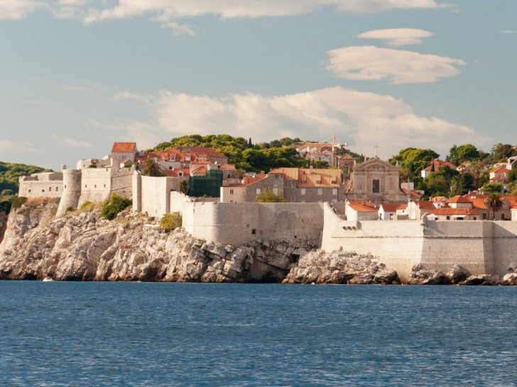 9-ancient-city-walls-dubrovnik-croatia