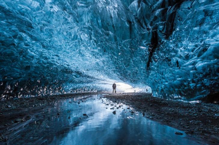 Jaskinia Lodowa, Islandia