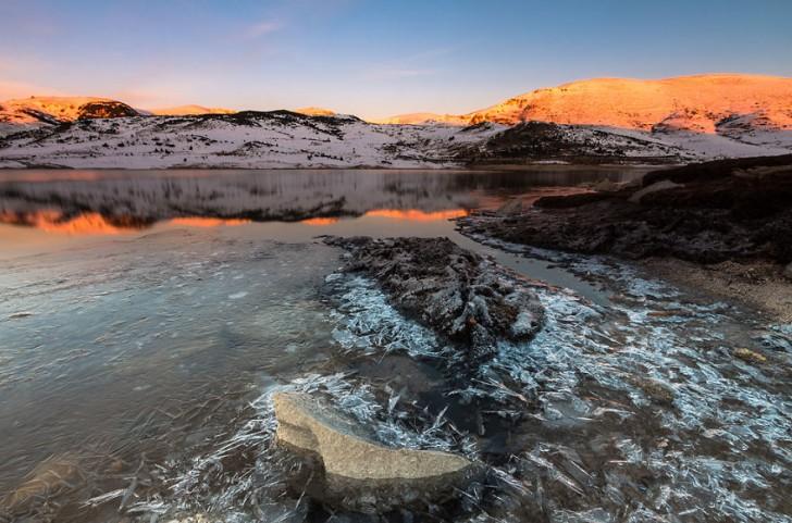 frozen-lake-pond-ice-wcht17