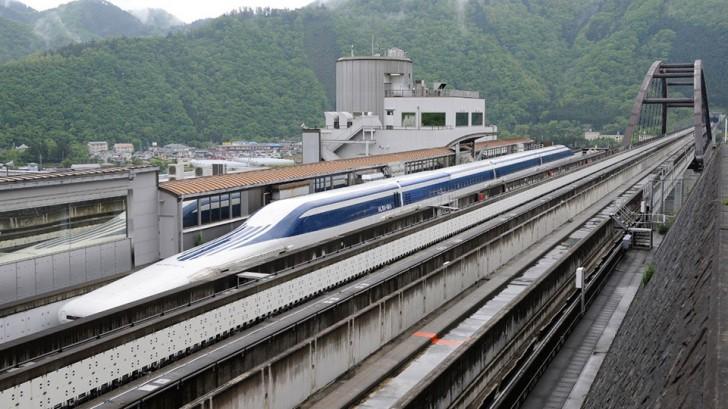 japan-maglev-train-world-record-01