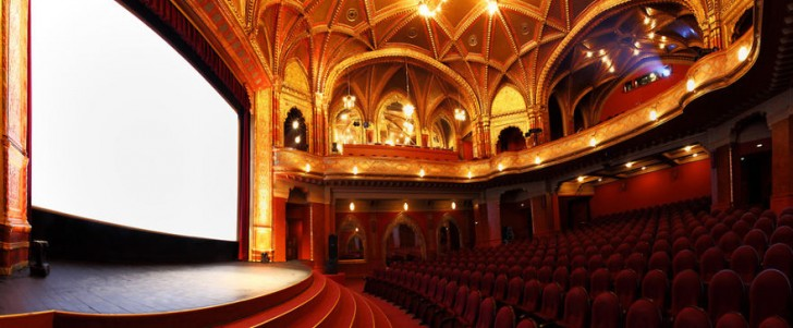 most-beautiful-cinemas-wcth01