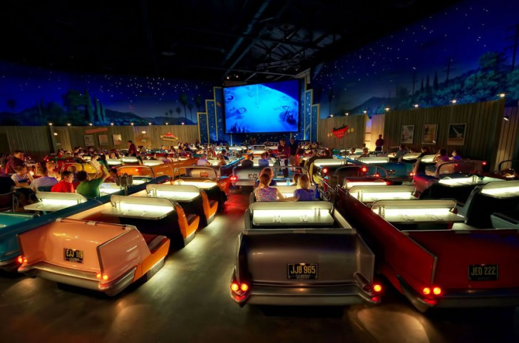 most-beautiful-cinemas-wcth05