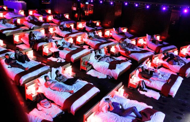 most-beautiful-cinemas-wcth07