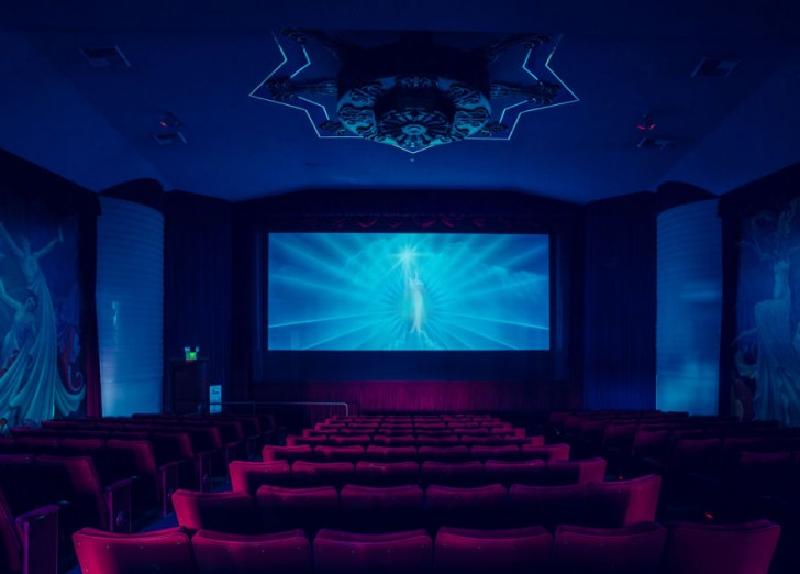 most-beautiful-cinemas-wcth14