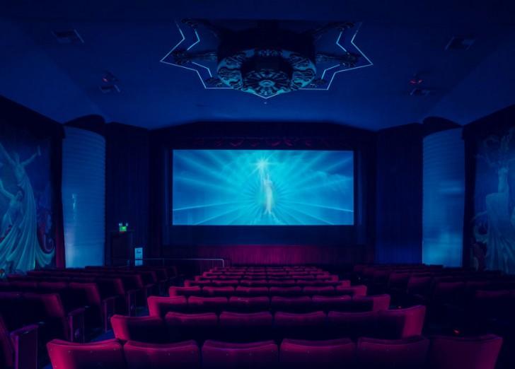 most-beautiful-cinemas-wcth14