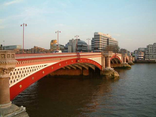 Blackfriars_Bridge_London_England_240404