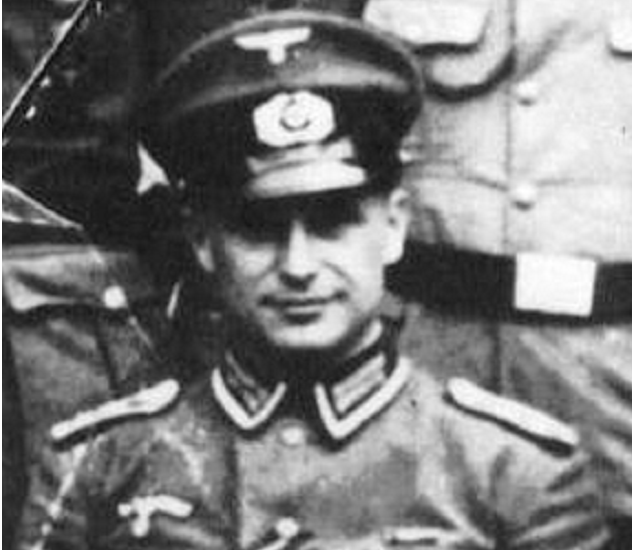 Klaus_Barbie_September_1930