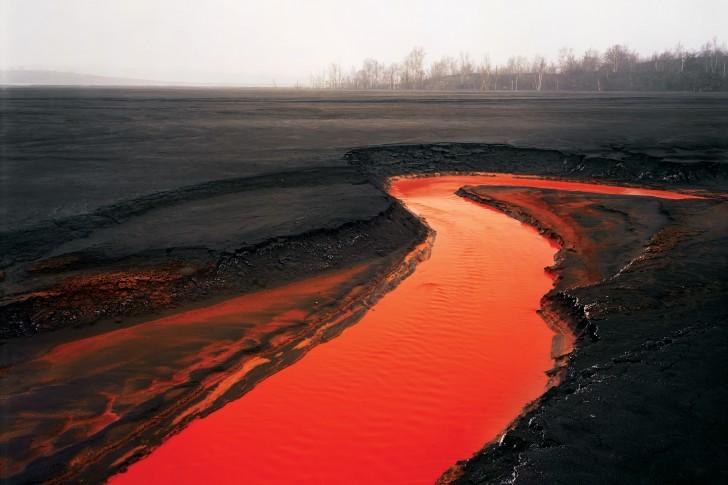 Edward-Burtynsky-photo-red-river