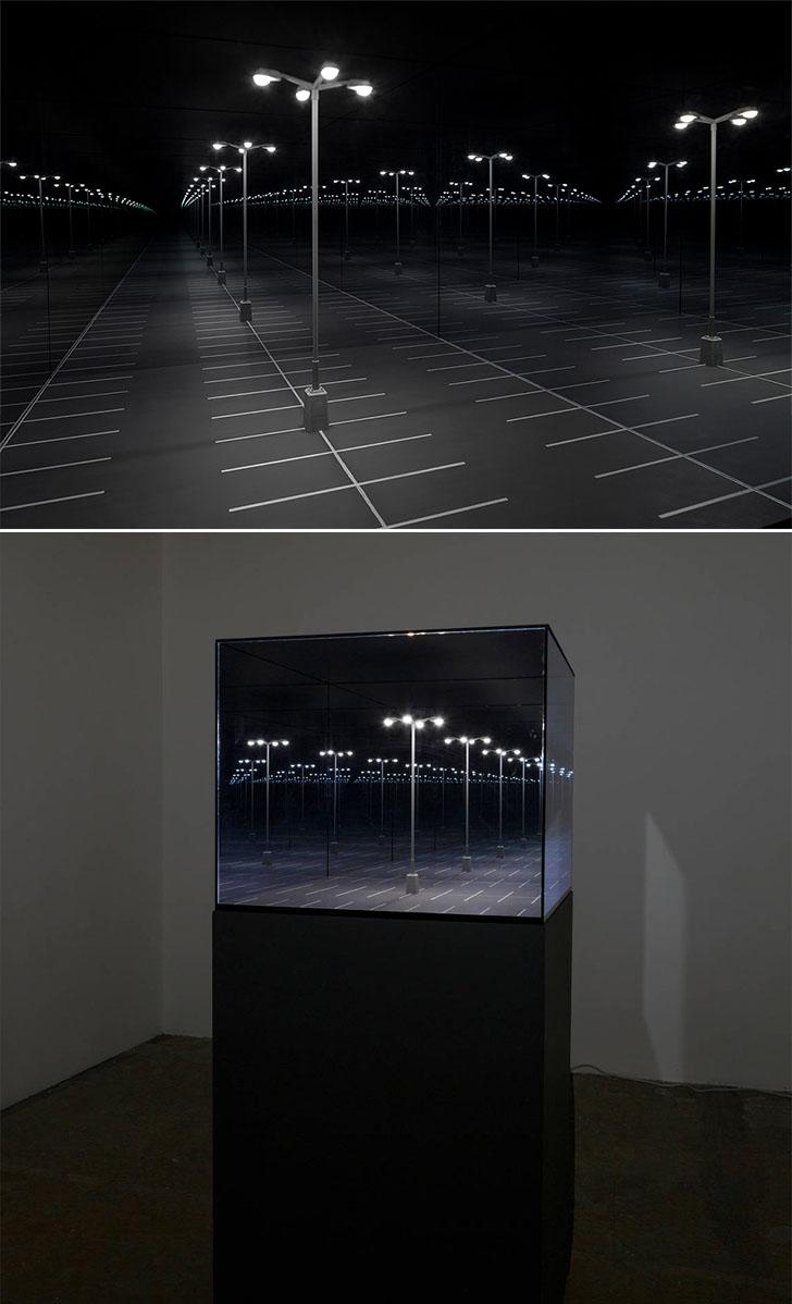 MirroredDiorama