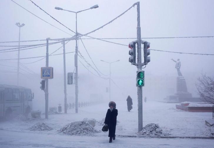 coldest-city-crossing-light