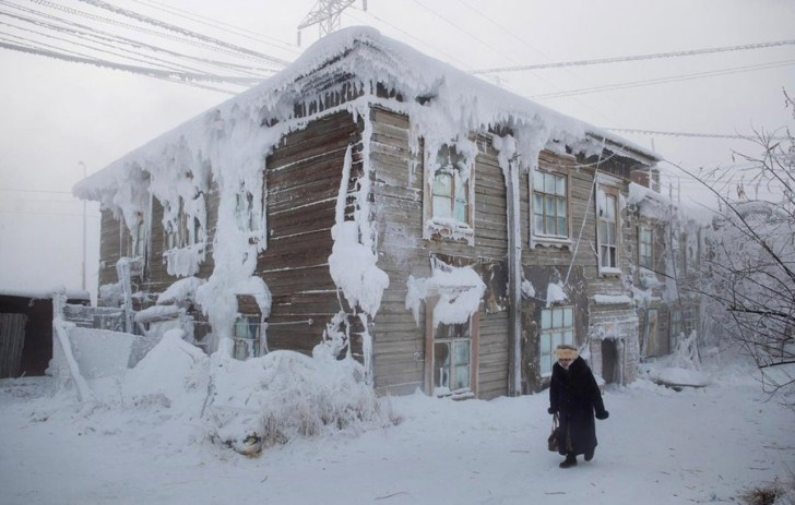 coldest-city-frozen-house