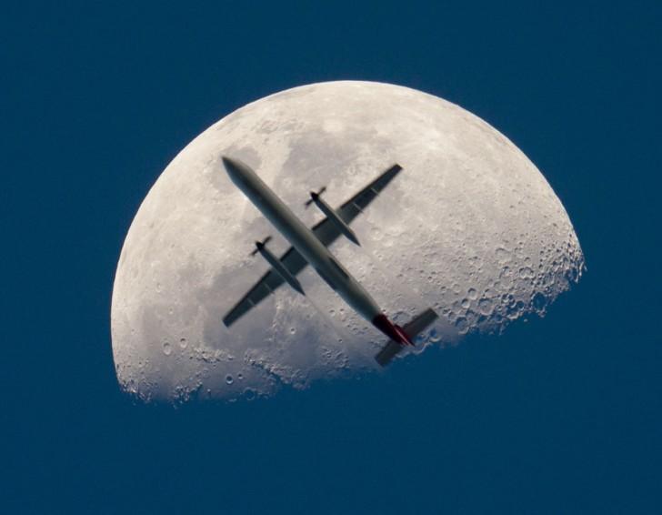 moonplane_thomas