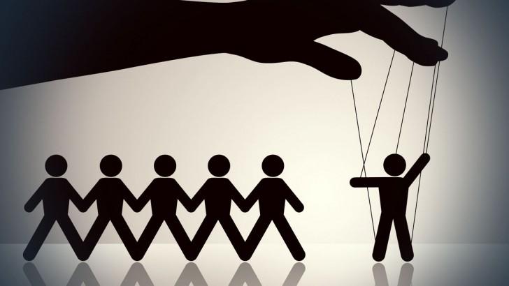 10 zasad jak skutecznie manipulować społeczeństwem
