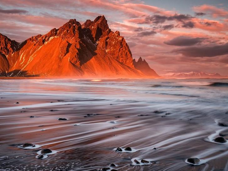 volcanicbeach