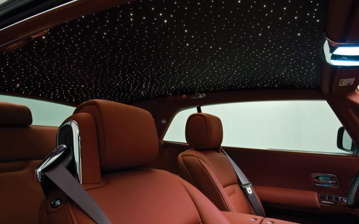 Rolls-Royce-Phantom-Coupe-starry-roof