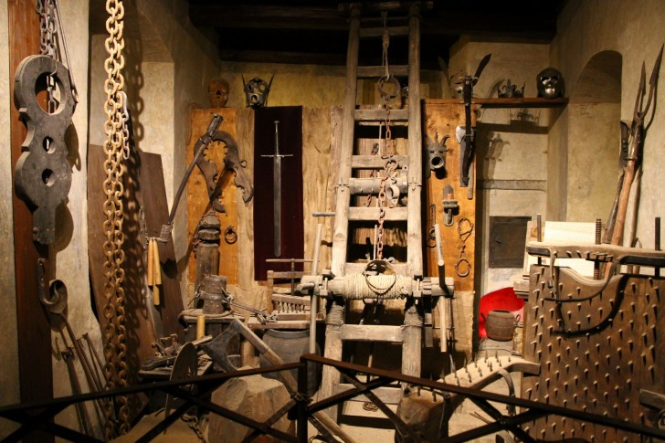 Torture_chamber_in_Prague_Castle