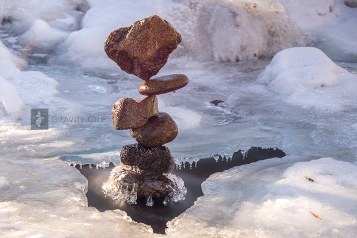art-of-stone-balancing-by-michael-grab-gravity-glue-6