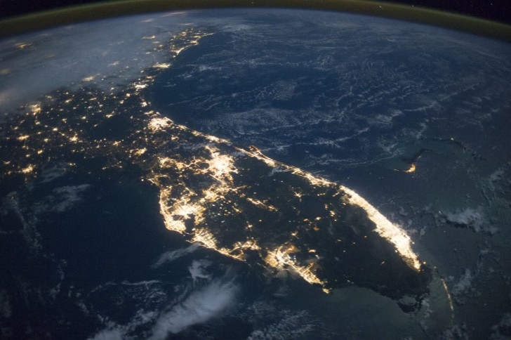 astronauts-aboard-the-international-space-station-took-this-photograph-of-florida-in-october-2014