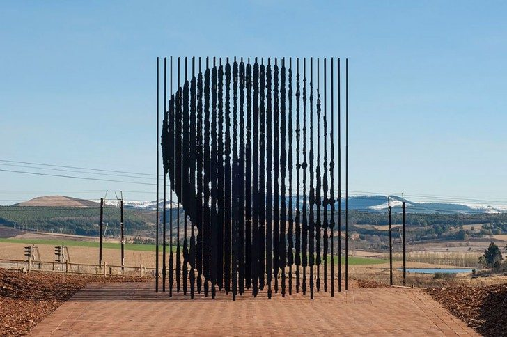 most-creative-sculptures-and-statues-you-can-find-around-the-world-45951