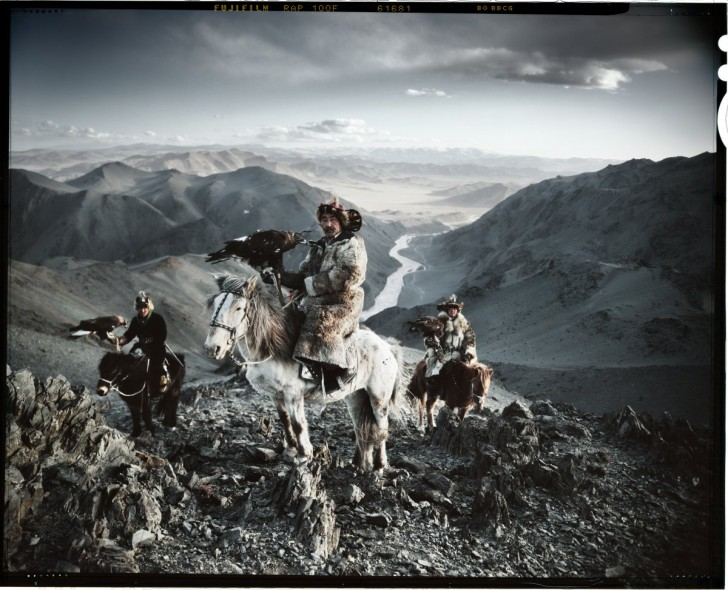 photographer-jimmy-nelson-published-a-book-called-before-they-pass-away-showing-the-vanishing-tribes-of-the-world-here-are-three-kazakh-men-using-eagles-to-hunt