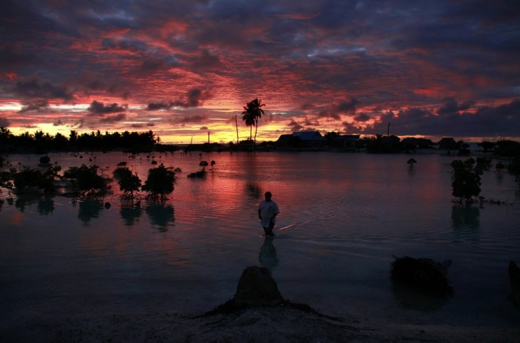 the-entire-island-nation-of-kiribati-is-vanishing-because-of-global-warming-on-average-land-in-kiribati-is-only-six-feet-above-sea-level