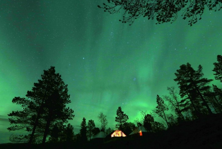there-was-a-lot-of-solar-activity-this-year-which-created-some-incredible-auroras-reuters-photographer-yannis-behrakis-traveled-to-norway-to-capture-this-shot