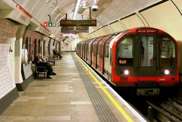 Lancaster_Gate_tube-610x410