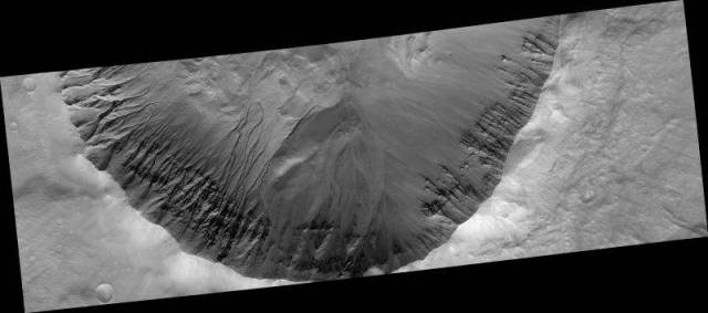 This-is-how-we-finally-found-Water-on-Mars-10-640x283