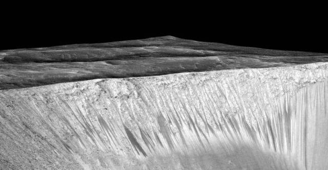 This-is-how-we-finally-found-Water-on-Mars-2-640x333