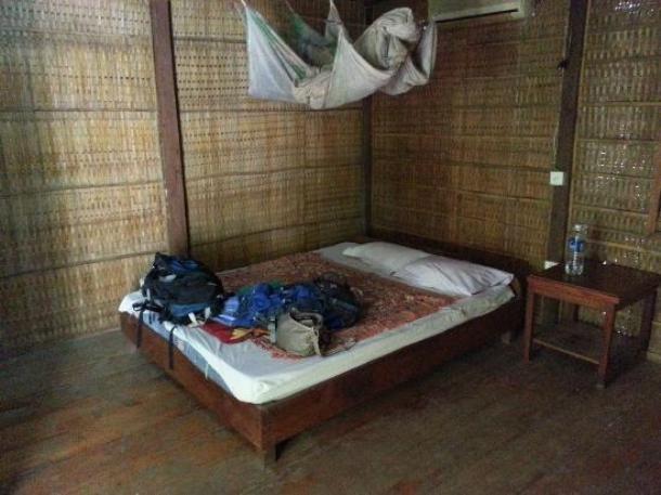 www.tripadvisor.com-garden-village-guesthouse-610x457